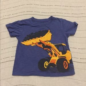 Bundle of 8 tees for boys size 2T